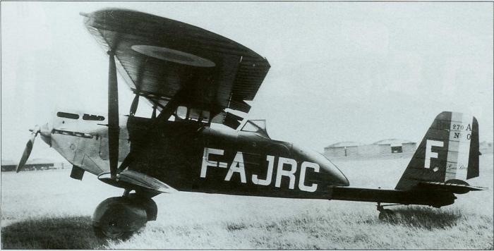 Br.27 с гражданскими обозначениями F-AJRC готовят к перелету в Мадагаскар