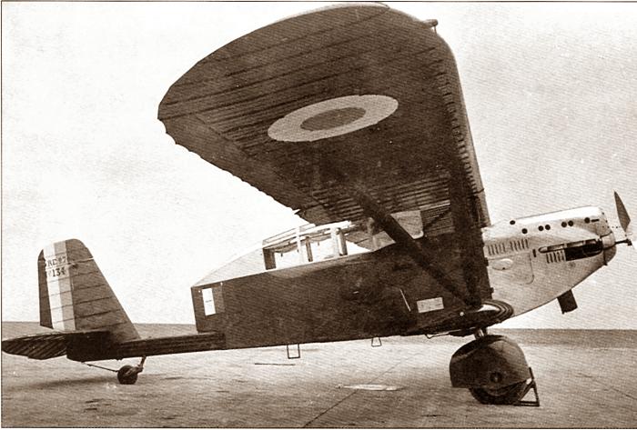 Br.270 переоборудованный в связной самолет