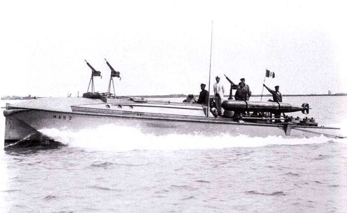 M.A.S.-2 с бугельными торпедными аппаратами