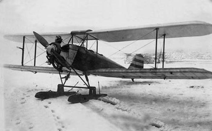 АИР-2 с двигателем «Walter» NZ-60 на лыжном шасси