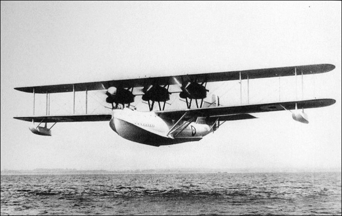 Saunders A.3 Valkyrie в полете
